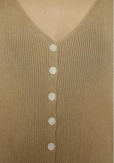Buttoned beige ribbed top -  Compañía Fantástica