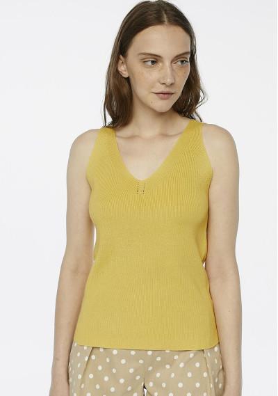 Yellow stretch knit top -  Compañía Fantástica