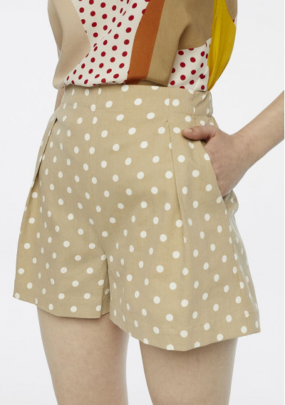 Shorts beige a pois con pince