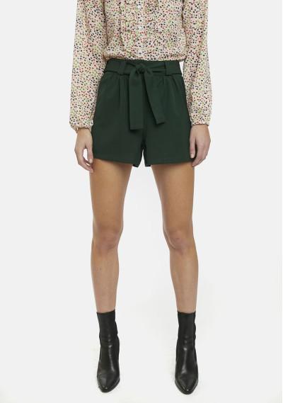 Shorts verdes lazo bolsillos