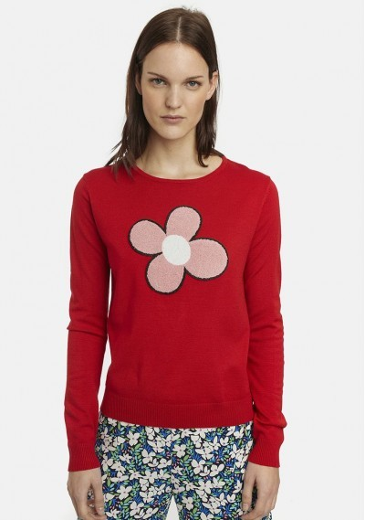 Red fine-knit jumper with...