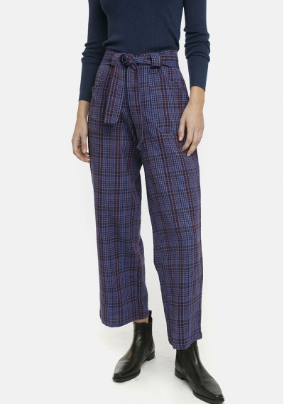 Blue tartan check flannel...