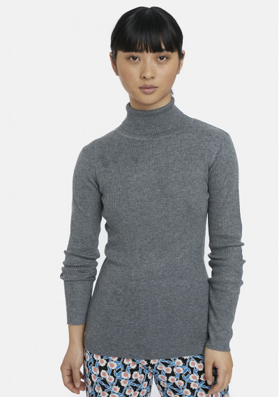 Grey fitted ribbed knit jumper
