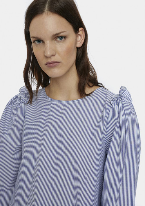 Blue and white pinstripe top with puff sleeves - Compañía Fantástica