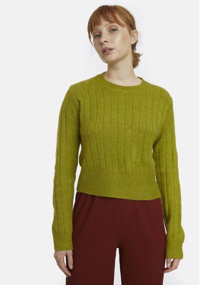 Green ribbed knit jumper