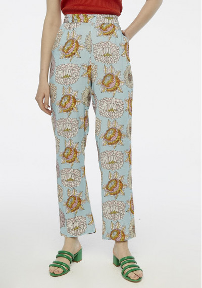 Fine floral trousers