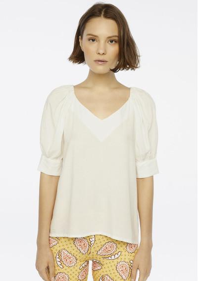 White puff sleeve top