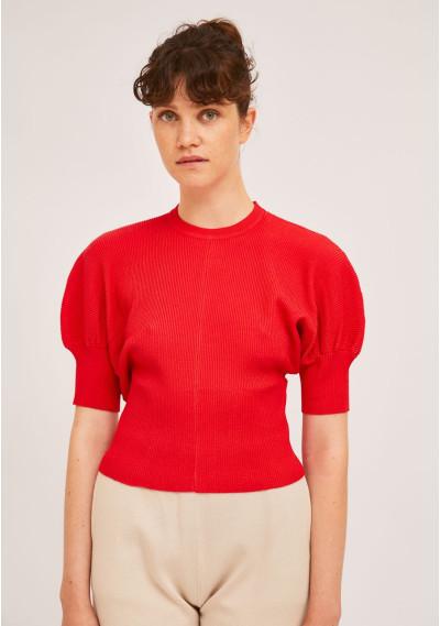 Red rib-stitch puff-sleeve...