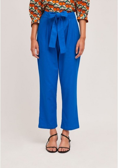 Blue pleated ankle grazer...