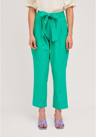 Green pleated ankle grazer...