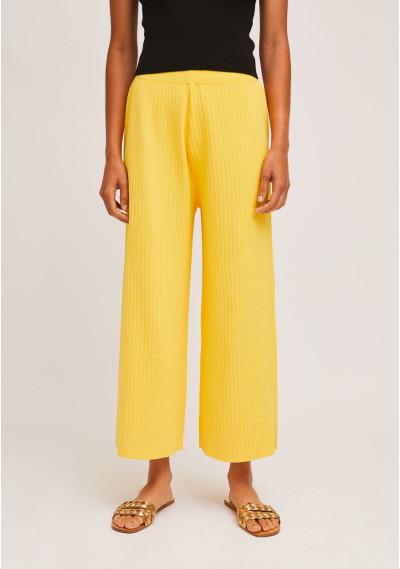 Yellow rib-stitch...