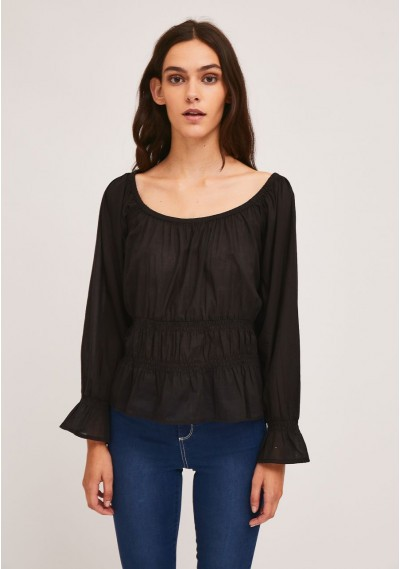 Black top with elastic...
