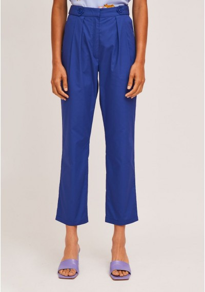 Blue ankle grazer trousers...