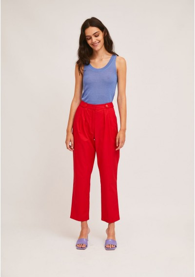 Red ankle grazer trousers with decorative belt loops -  Compañía Fantástica