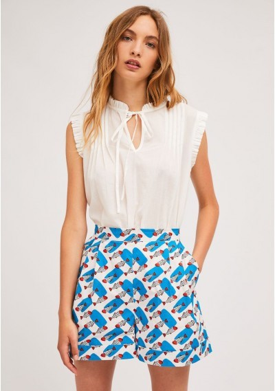 Pleated shorts with...