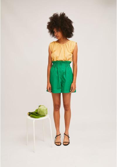 Green high-waisted shots with elasticated waist -  Compañía Fantástica