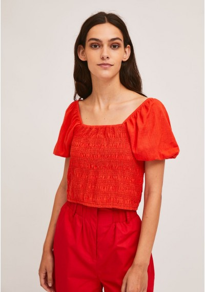 Red cotton top with smocking