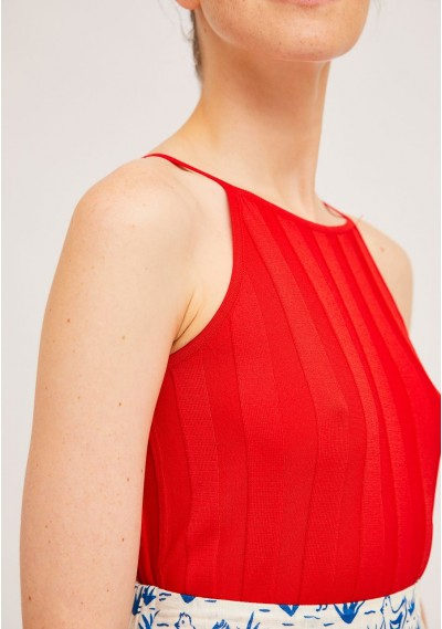 Red rib stitch top with square neck -  Compañía Fantástica