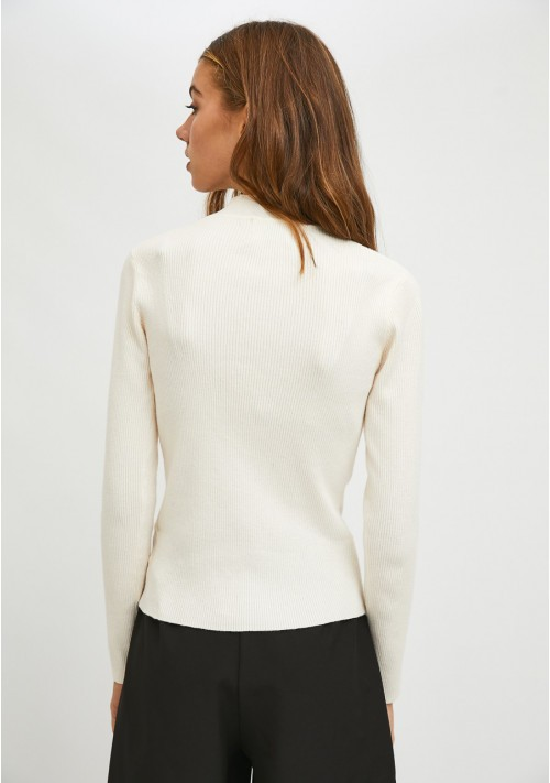 White fitted ribbed knit jumper with high neck - Compañía Fantástica