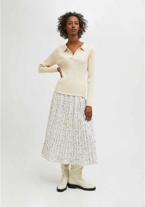 White fitted ribbed knit jumper with polo neck - Compañía Fantástica