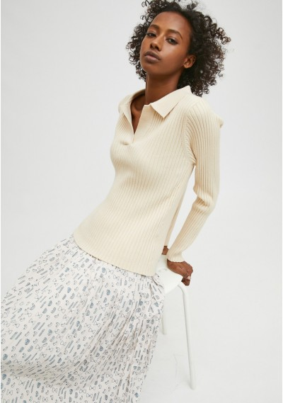 White fitted ribbed knit...