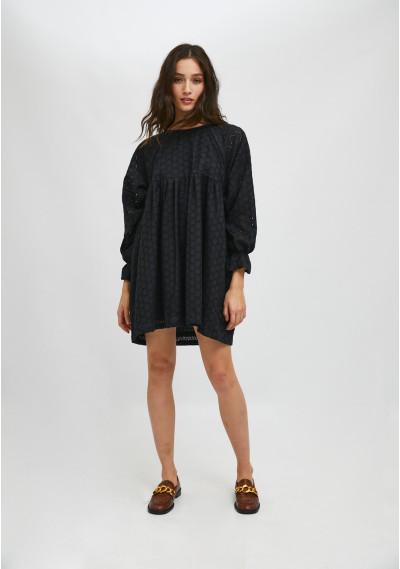 Vestido babydoll corto en tejido troquelado negro -  Compañía Fantástica