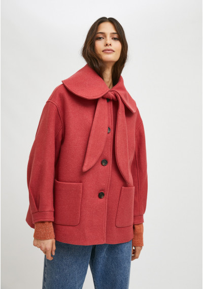 Pink cropped coat with large collar and bow -  Compañía Fantástica