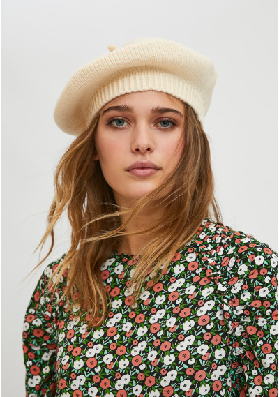 White knit beret with...