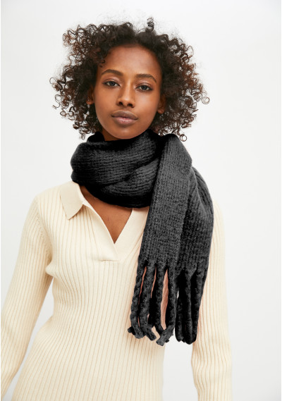 Black soft knitted scarf...
