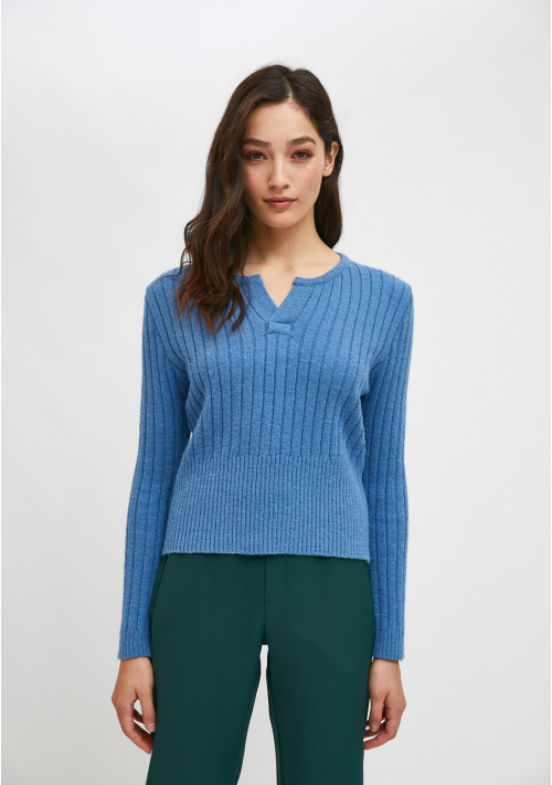 Blue fitted knit sweater with front opening - Compañía Fantástica