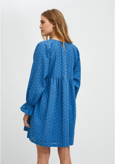 Vestido babydoll corto en tejido troquelado azul -  Compañía Fantástica