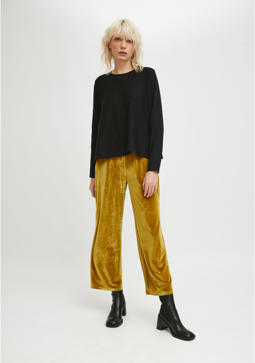 Black flared-cut knit jumper with ribbed round neck - Compañía Fantástica