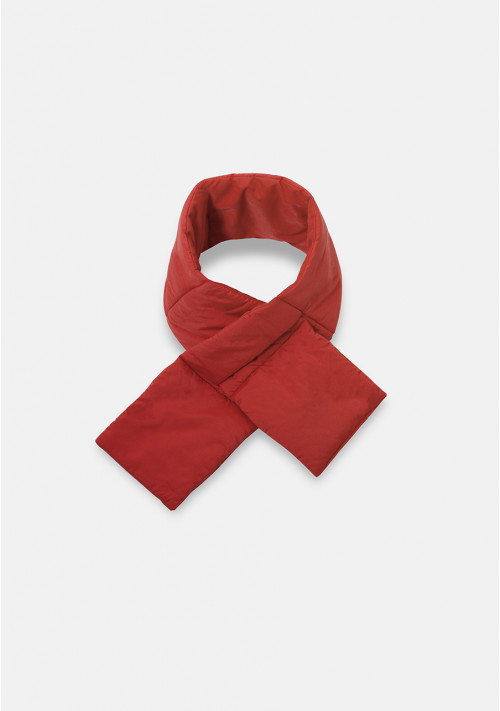 Red padded scarf with loop opening - Compañía Fantástica