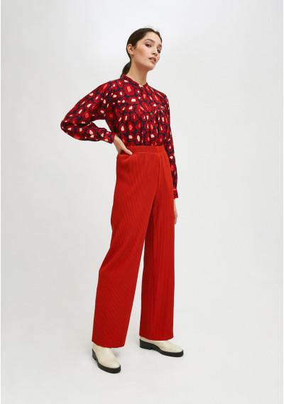 Red high-waisted pleated trousers with elasticated waist -  Compañía Fantástica